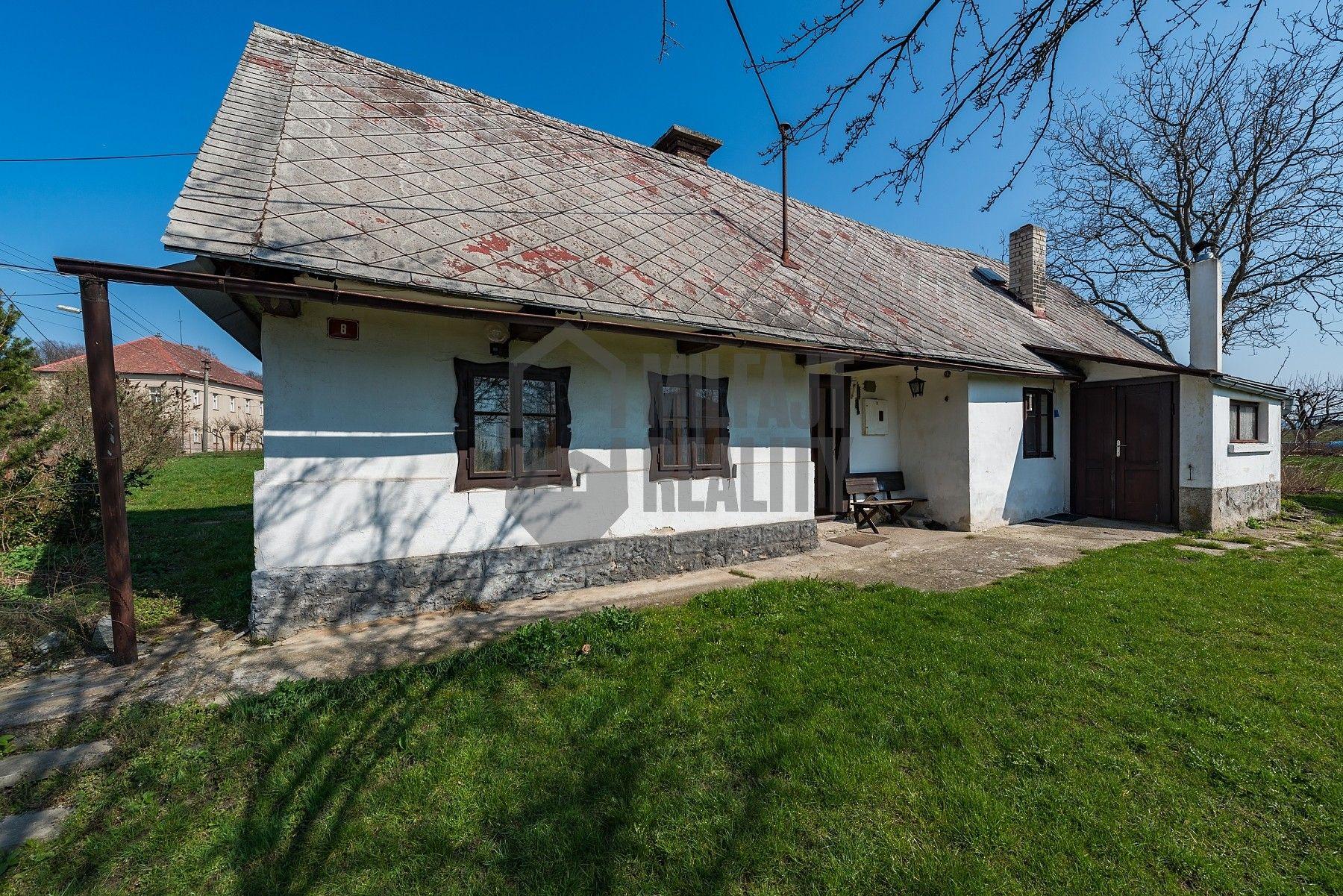 REZERVOVÁNO - Prodej chalupy + stavební pozemek, Husa, Sychrov