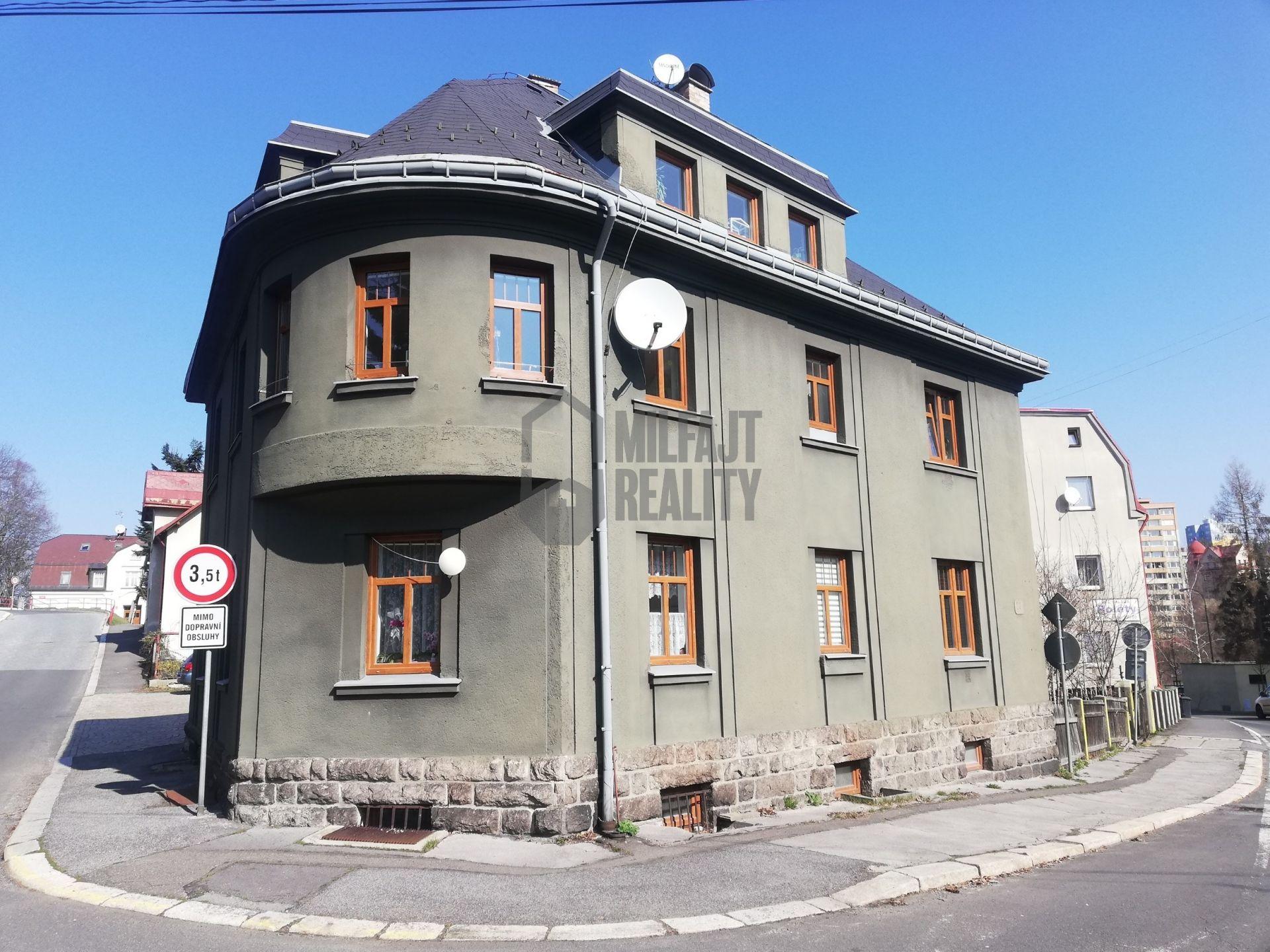 Podkrovní byt, 86 m2, Jablonec nad Nisou
