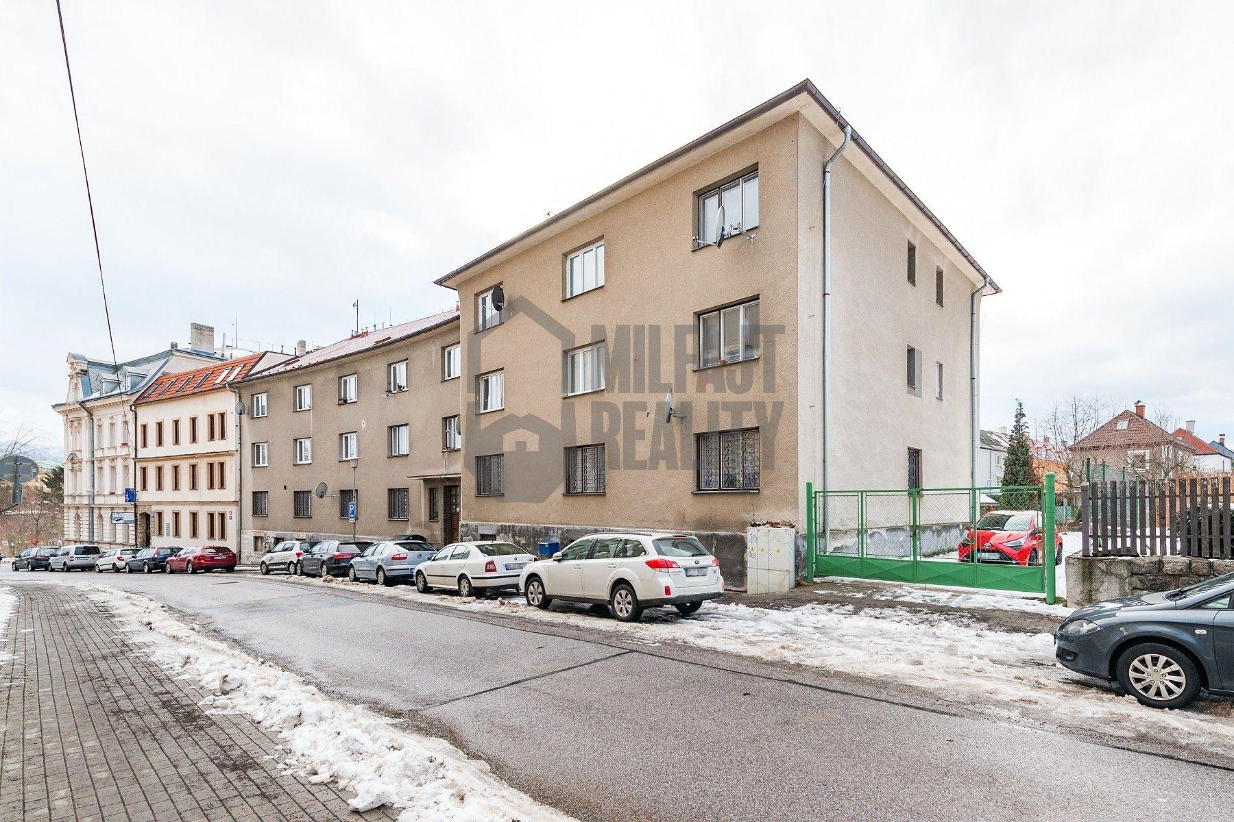 REZERVOVÁNO - Prodej bytu 2+kk se zahradou, Zeyerova, Liberec